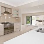 Modern kitchen - Pebble Beach